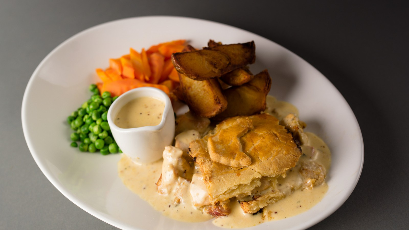 Chicken, Ham and Tarragon Pie | Uncle Henry's
